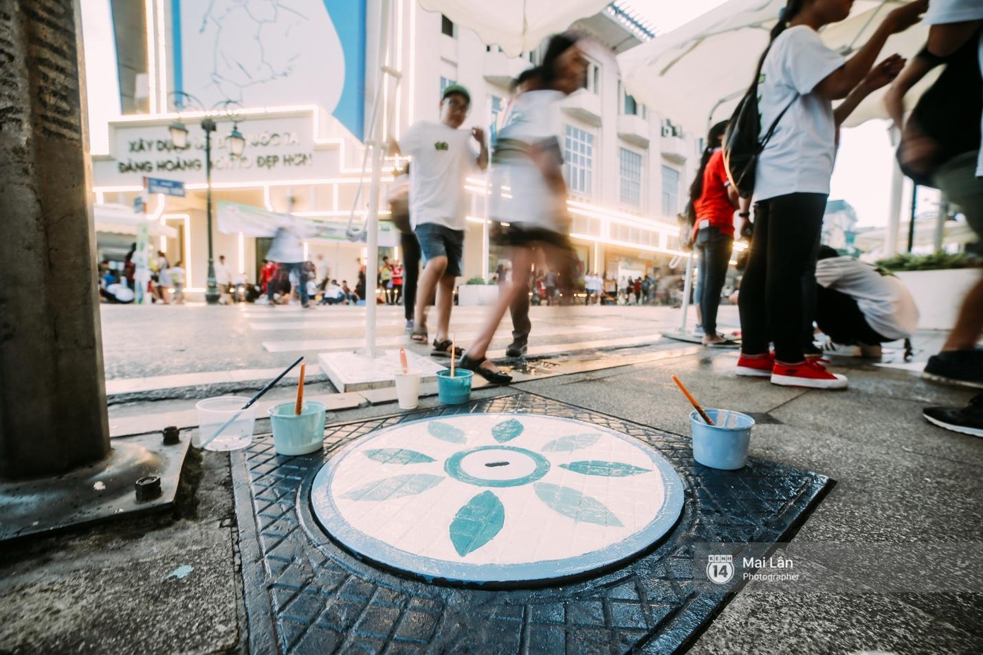 Nhỏ mà có võ, những nắp cống được tô vẽ màu mè đáng yêu khiến ai dạo qua phố đi bộ Hà Nội cũng mỉm cười! - Ảnh 6.
