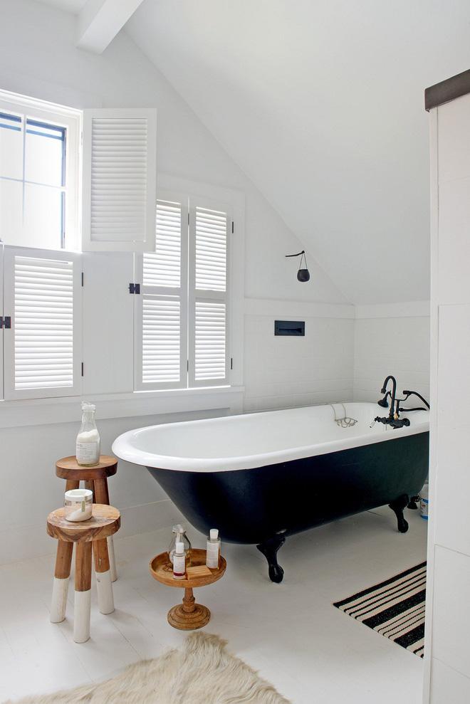 14 thiết kế phòng tắm gác mái vừa nhìn qua đã thích ngay - Ảnh 15.