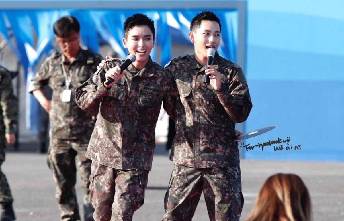 Biệt đội mỹ nam hàng đầu xứ Hàn trong quân ngũ thành hiện tượng vì đẹp hơn cả Hậu duệ mặt trời - Ảnh 8.