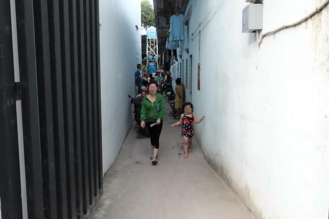 """Phụ huynh trẻ bị bảo mẫu bạo hành dã man ở Sài Gòn: """"Nhiều lần tôi đề nghị xem camera nhưng cô đều từ chối - Ảnh 8."""