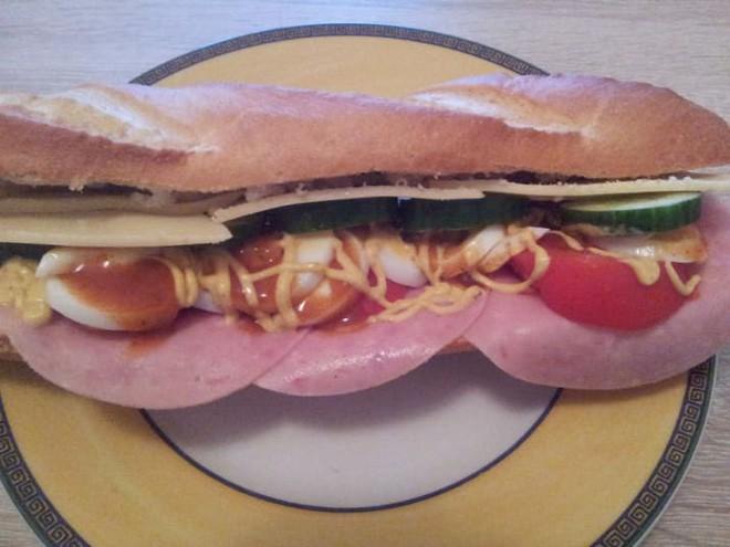 Vòng quanh thế giới nếm 10 loại sandwich đơn giản nhưng ăn là nghiện - Ảnh 8.