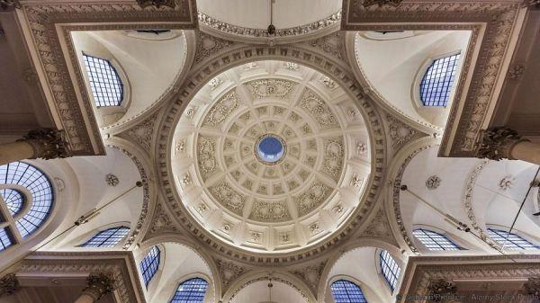 Đây là 10 trần nhà đẹp nhất thế giới, ngắm mỏi cổ cũng không thấy chán - Ảnh 10.
