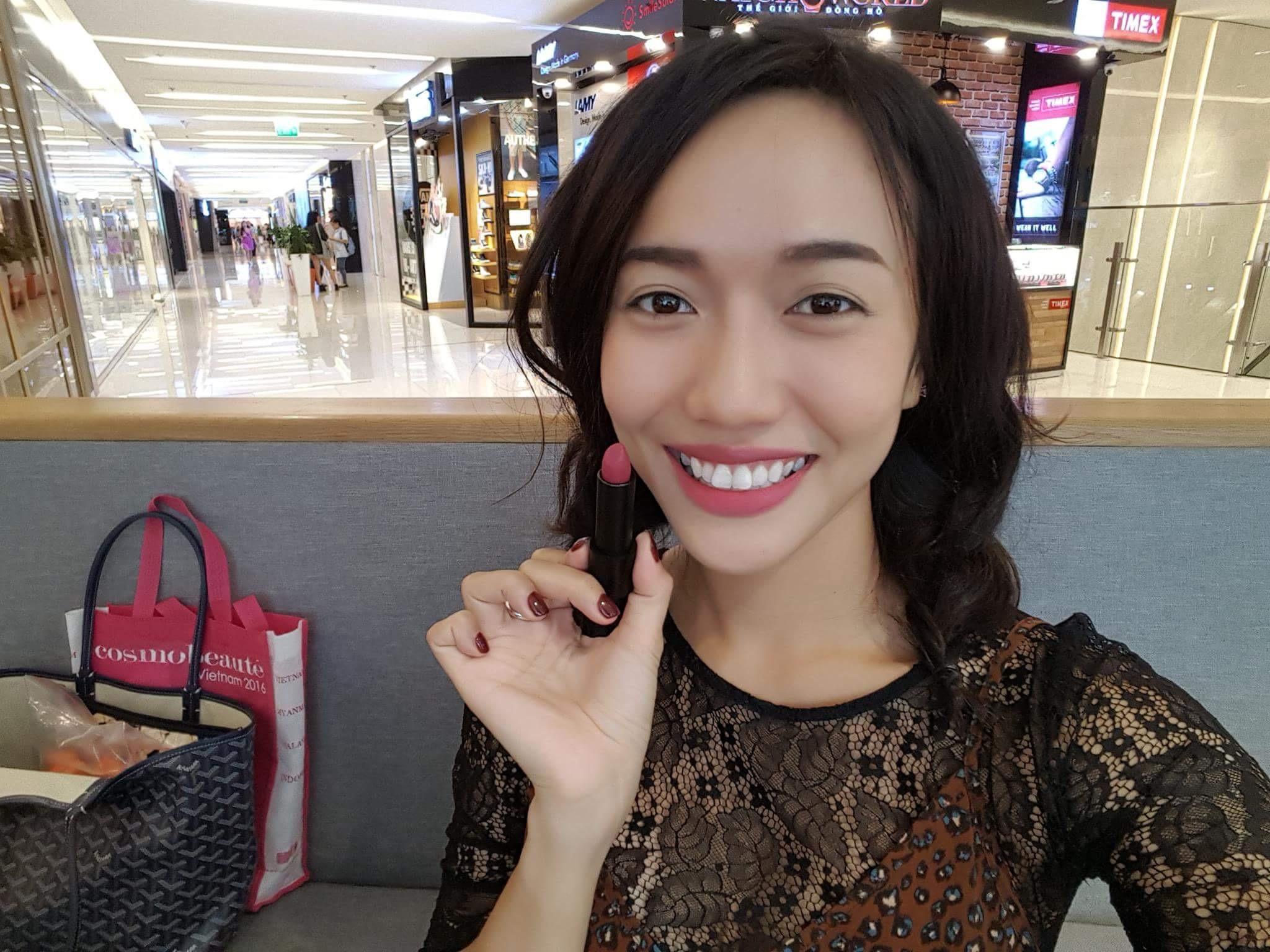 Mỹ nữ Showbiz Việt phát sốt với dòng son môi mới - Ảnh 9.