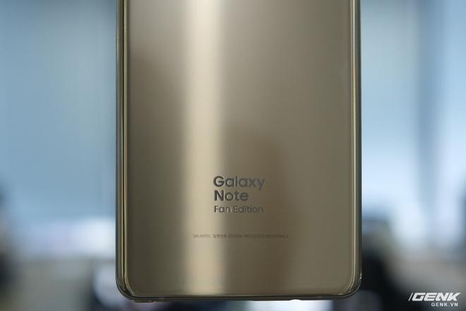 Mở hộp Galaxy Note Fan Edition (Note 7 FE) tại VN: Vẫn rất tốt, nhưng kém hấp dẫn với giá 16 triệu - Ảnh 9.