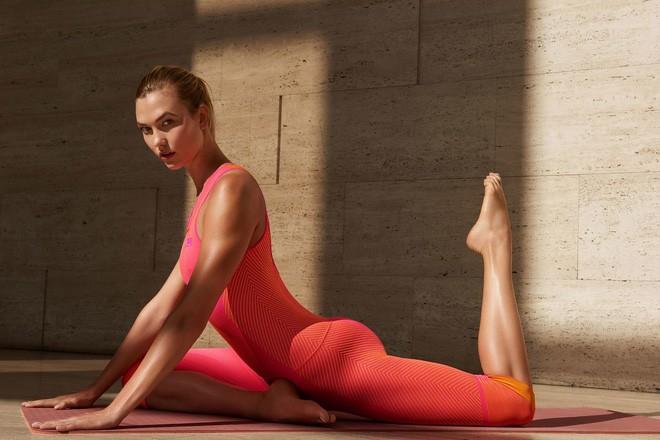 Quay trở lại show diễn Victorias Secret 2017, Karlie Kloss chia sẻ bí quyết giữ dáng khiến ai cũng ngưỡng mộ - Ảnh 9.