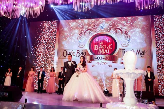 10 đám cưới Việt trong năm 2017 không phải của sao showbiz nhưng cực kỳ xa hoa khiến MXH nô nức chỉ dám nhìn không dám ước - Ảnh 9.