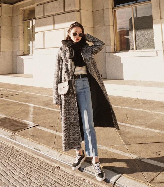 """Quên quần jeans trơn đi, còn đến 5 kiểu quần vừa đẹp vừa chất này mà các nàng nên """"bỏ túi"""" ngay - Ảnh 9."""
