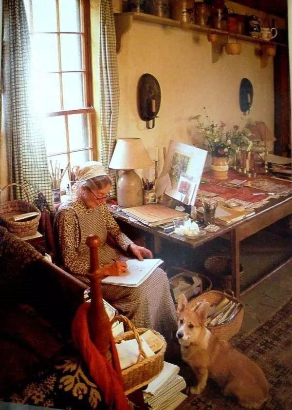 Ngôi nhà cổ tích có thật của bà cụ 92 tuổi khiến ai ai cũng phải trầm trồ, ước mơ - Ảnh 10.