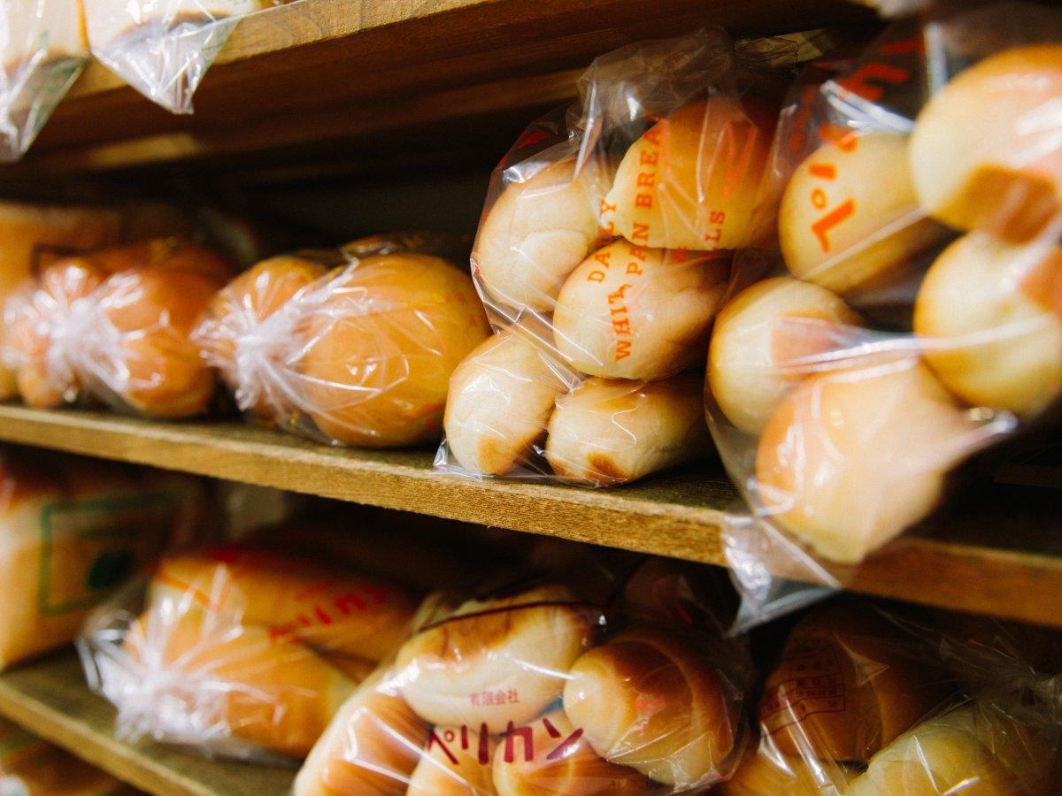 Có gì tại tiệm bánh mì Nhật Bản, hoạt động 74 năm và chỉ bán 2 loại bánh nhưng vẫn nườm nượp khách? - Ảnh 16.
