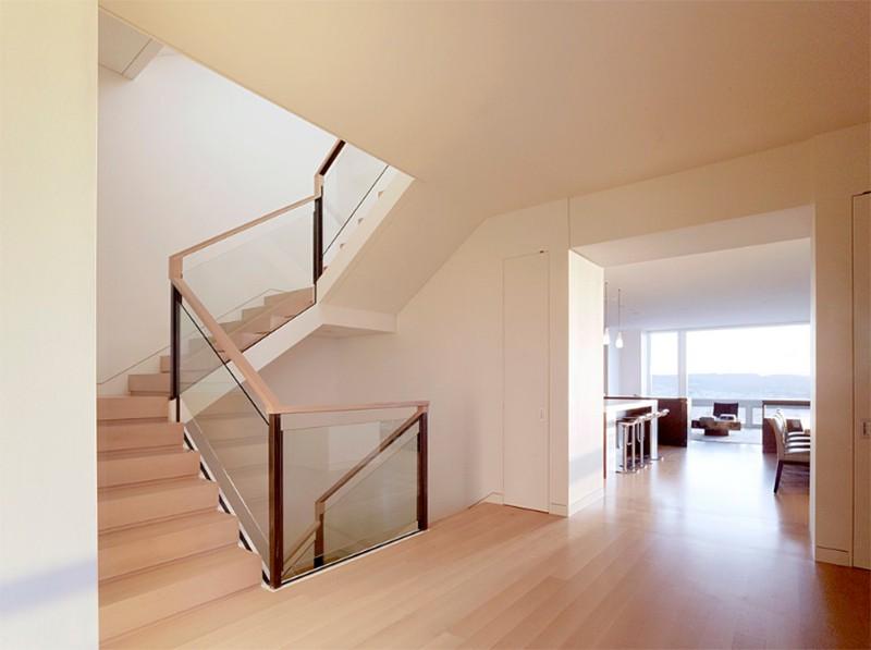 17 thiết kế cầu thang đẹp mắt được kết hợp từ gỗ và kính - Ảnh 17.