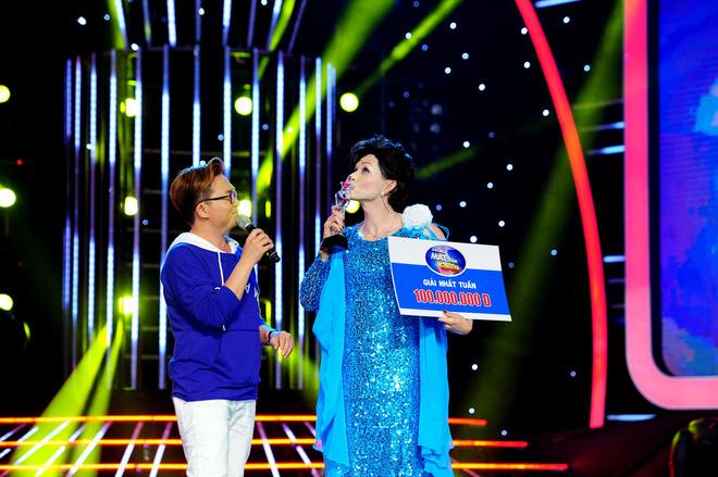 Hoàng Thùy mất thí sinh The Face đầu tiên, Minh Tú suýt nguy hiểm tại Next Top châu Á - Ảnh 8.