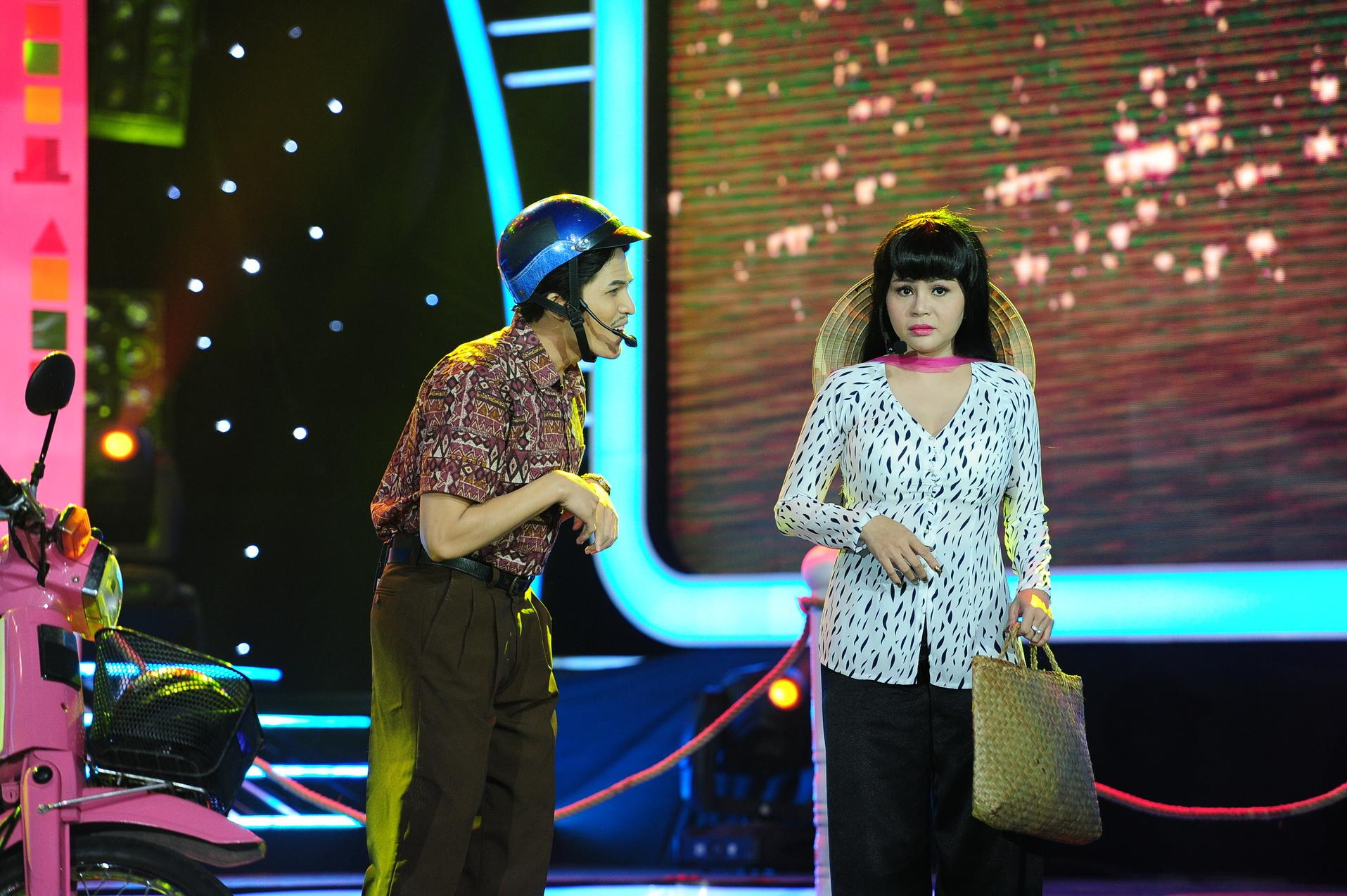Hoàng Yến Chibi ám ảnh rách cơ khi tập xoạc chân như Hoàng Thùy Linh - Ảnh 9.