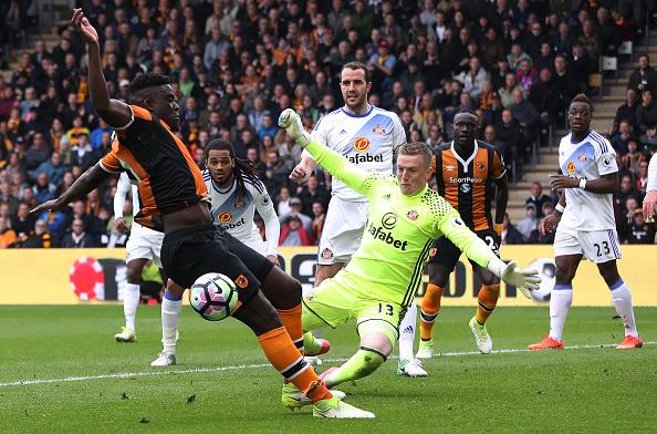 Tottenham vấp ngã trong cuộc đua vô địch vì thủ thành West Ham - Ảnh 6.