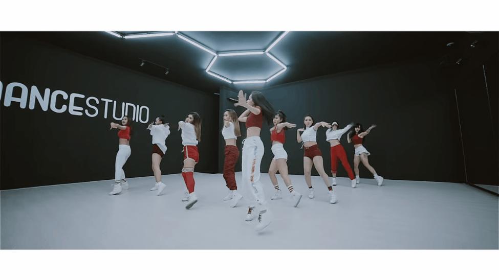Mừng MV đầu tay cán mốc 3 triệu views, Chi Pu tiếp tục tung bản Dance MV khoe 100% vũ đạo - Ảnh 3.