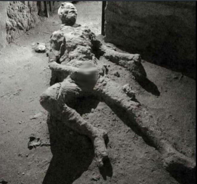 Đây là thi thể hóa đá tại Pompeii hot nhất mạng xã hội, và chỉ cần nhìn là bạn hiểu lý do - Ảnh 3.