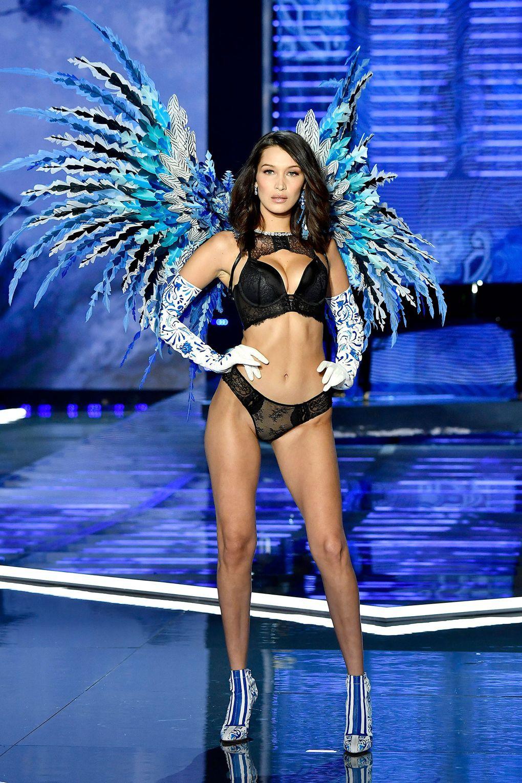 HOT: Victorias Secret Fashion Show 2017 đẹp ngoài sức tưởng tượng, Lais Ribeiro quá lộng lẫy với Fantasy Bra 2 triệu USD - Ảnh 16.