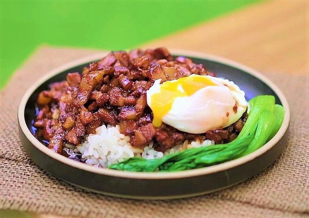 Cách làm cơm trứng thịt kho kiểu mới ngon không kém phiên bản truyền thống - Ảnh 9.
