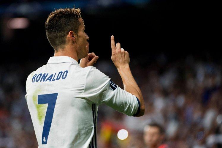 Đừng bao giờ nghi ngờ! Ronaldo là vô giá - Ảnh 1.