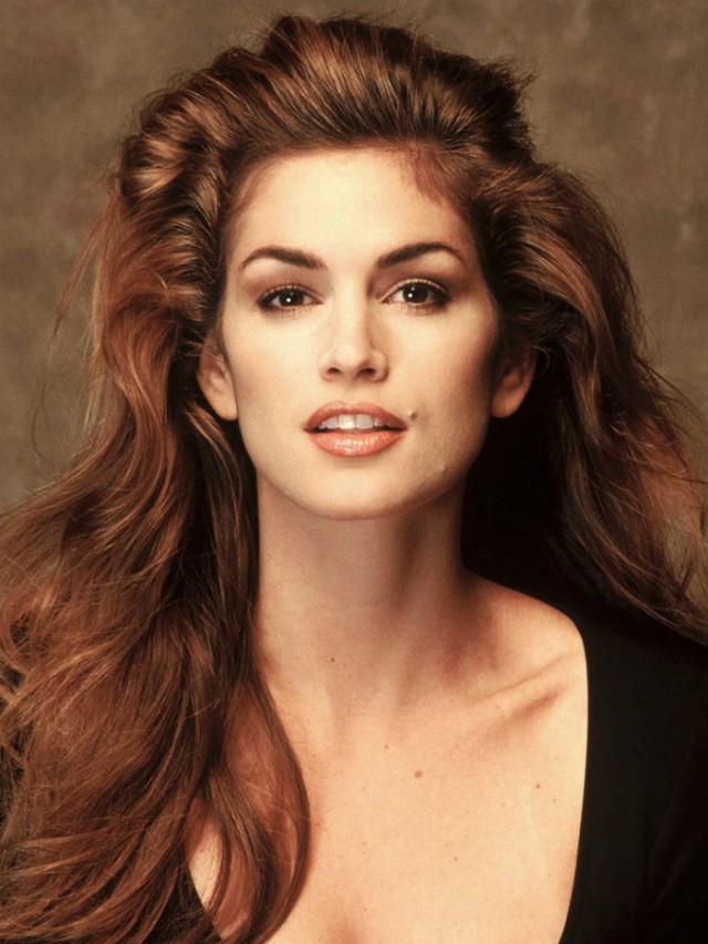 Những huyền thoại sắc đẹp của thập niên 90 khiến bạn thốt lên: Đây mới đúng là nữ thần! - Ảnh 2.