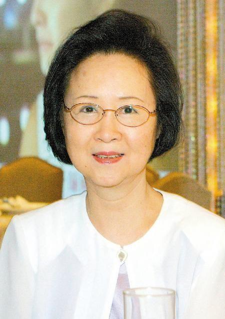 Nữ sĩ Quỳnh Dao viết tâm thư xúc động dặn dò con cái lo chuyện hậu sự - Ảnh 3.