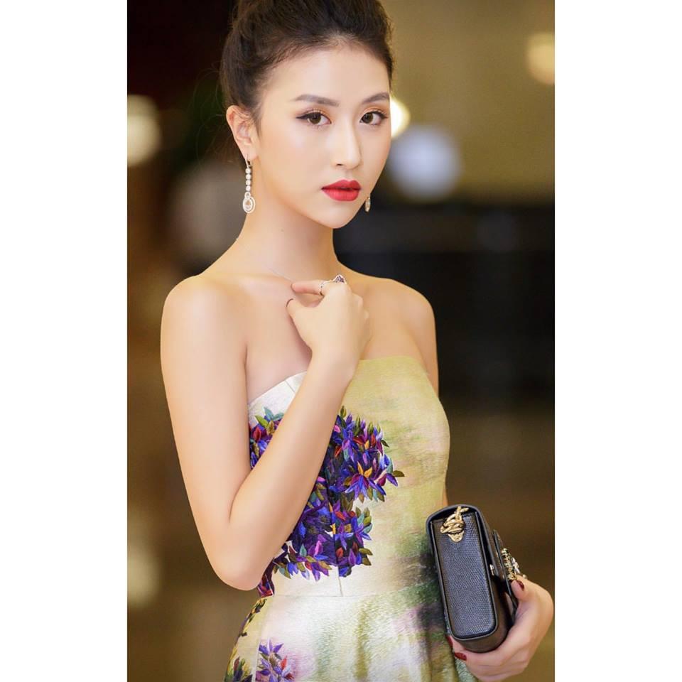 Làm đỏm bằng bộ trang sức có giá lên đến 2 tỷ, Quỳnh Anh Shyn đã lên đời thật rồi! - Ảnh 4.