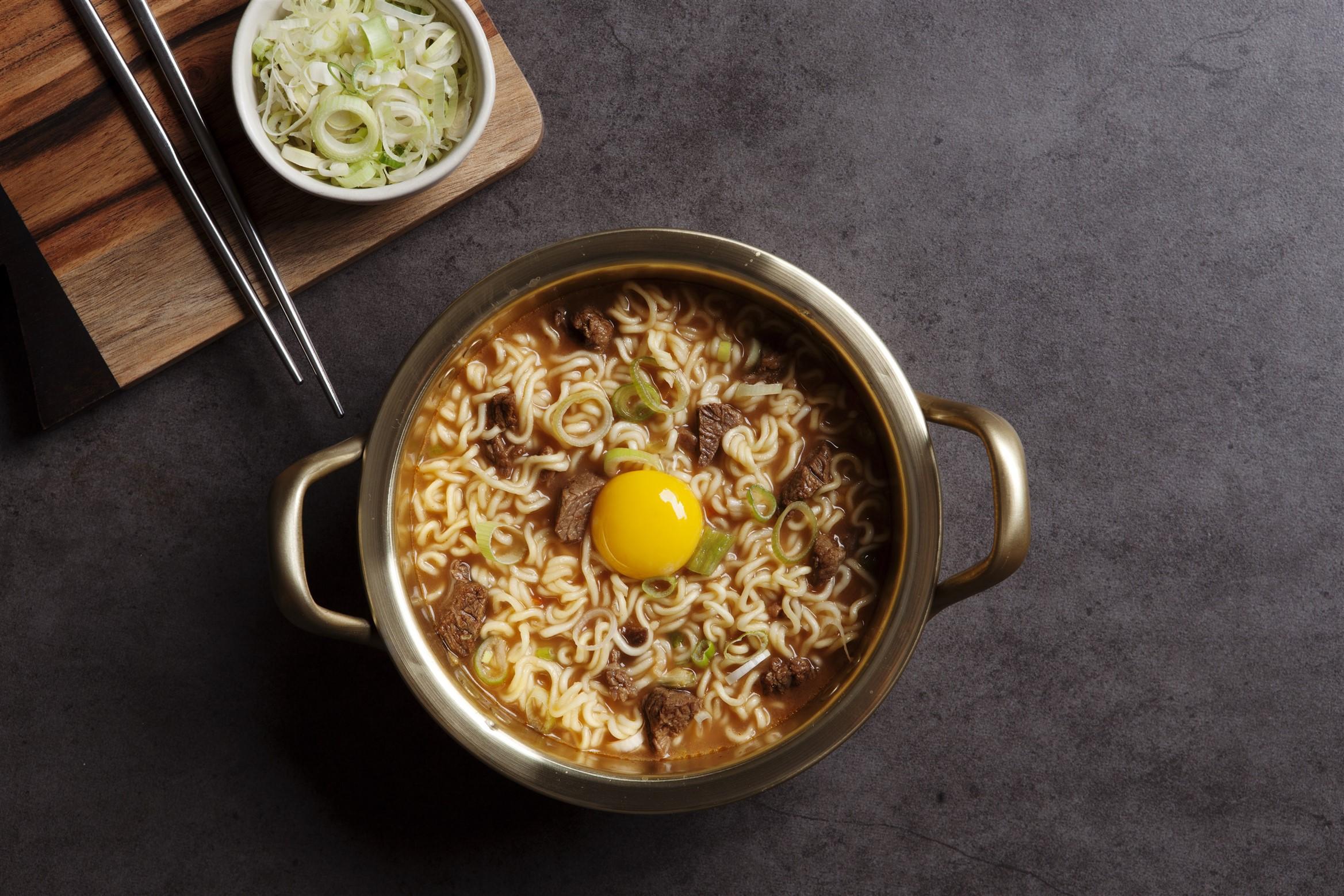 Không phải kim chi, đây mới đích thị là món ăn quốc dân của người Hàn - Ảnh 4.