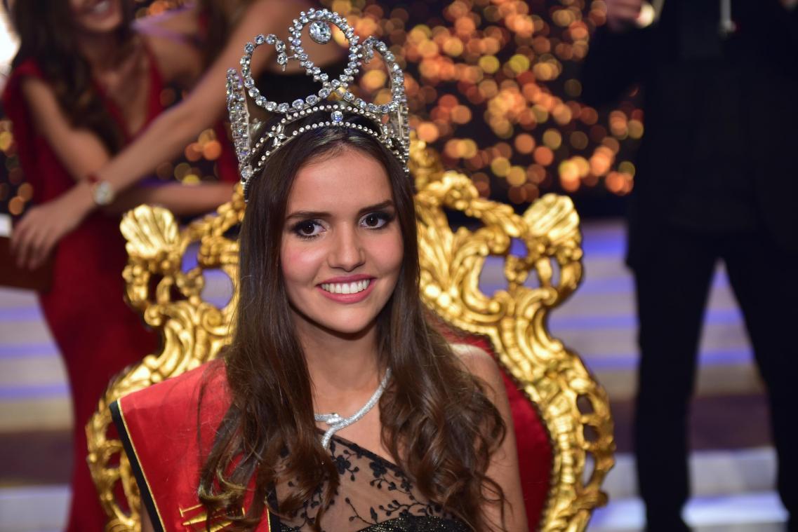 Nhan sắc kẻ 9 người 10 của các mỹ nhân thế giới sẽ tranh tài tại Hoa hậu Hoàn vũ 2017 - Ảnh 6.