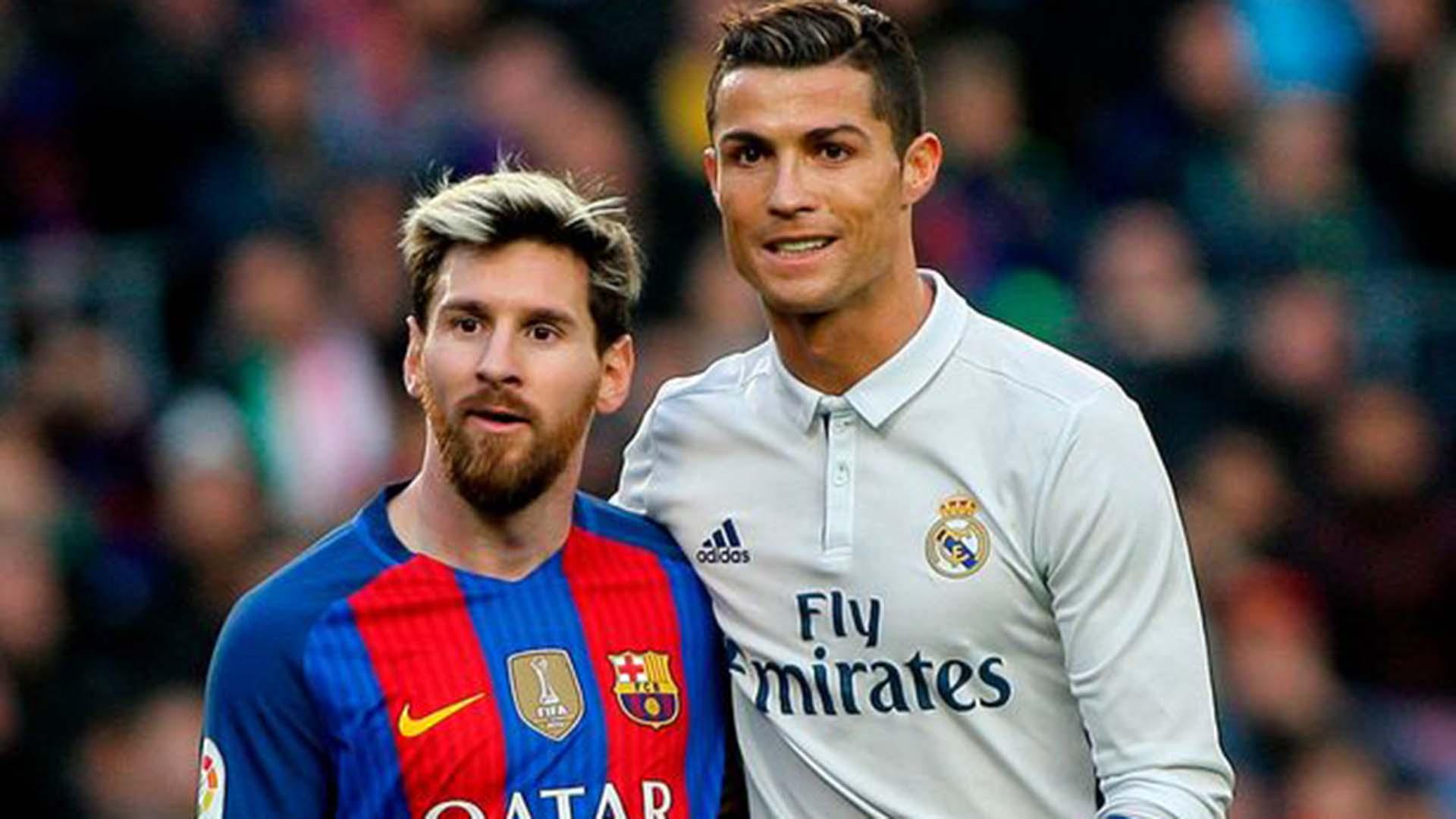 Sao Besiktas dìm hàng Ronaldo và Messi - Ảnh 1.