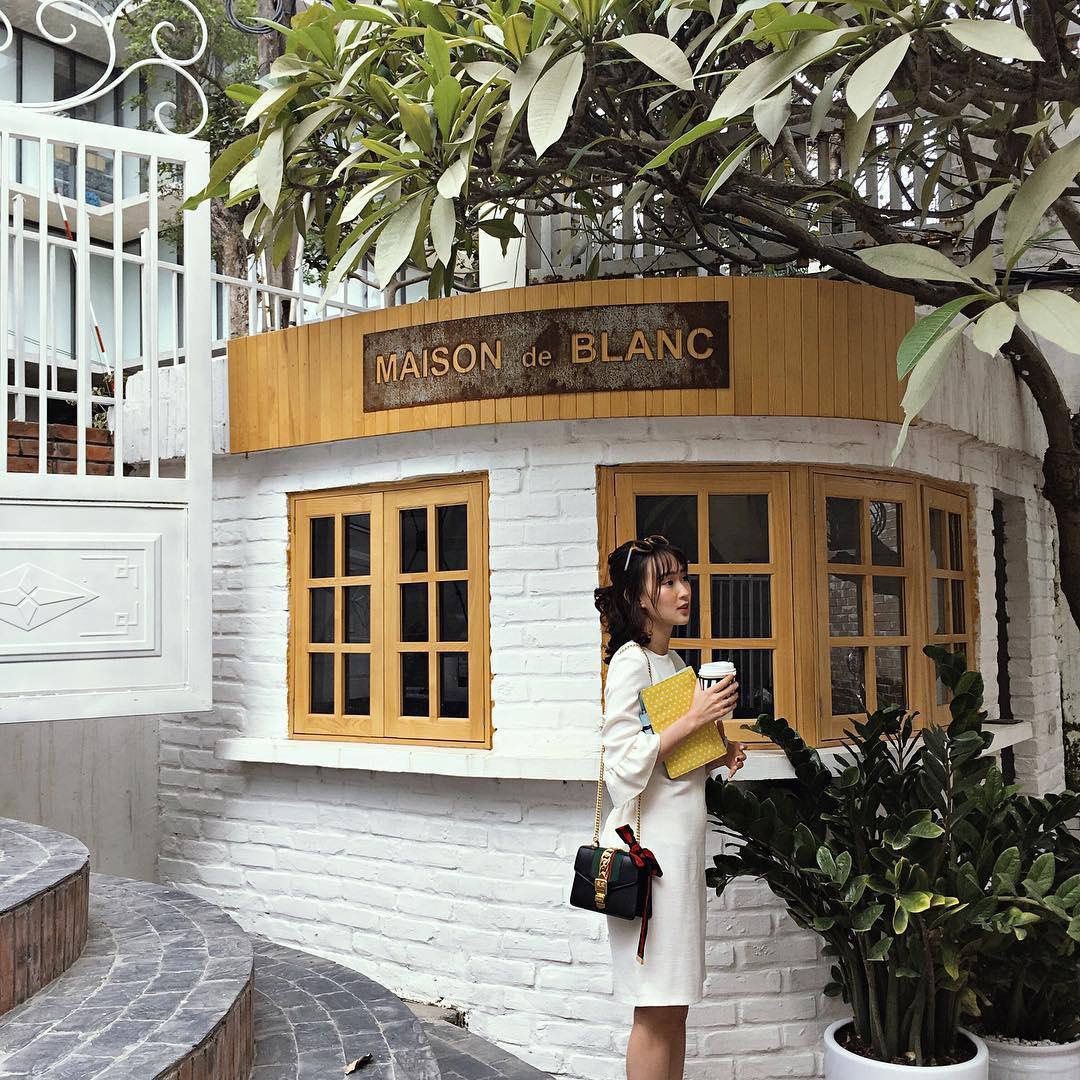 Hết Quỳnh Anh Shyn, Châu Bùi, giờ đến Sun HT gia nhập hội những hot girl có nhiều đồ hiệu - Ảnh 8.