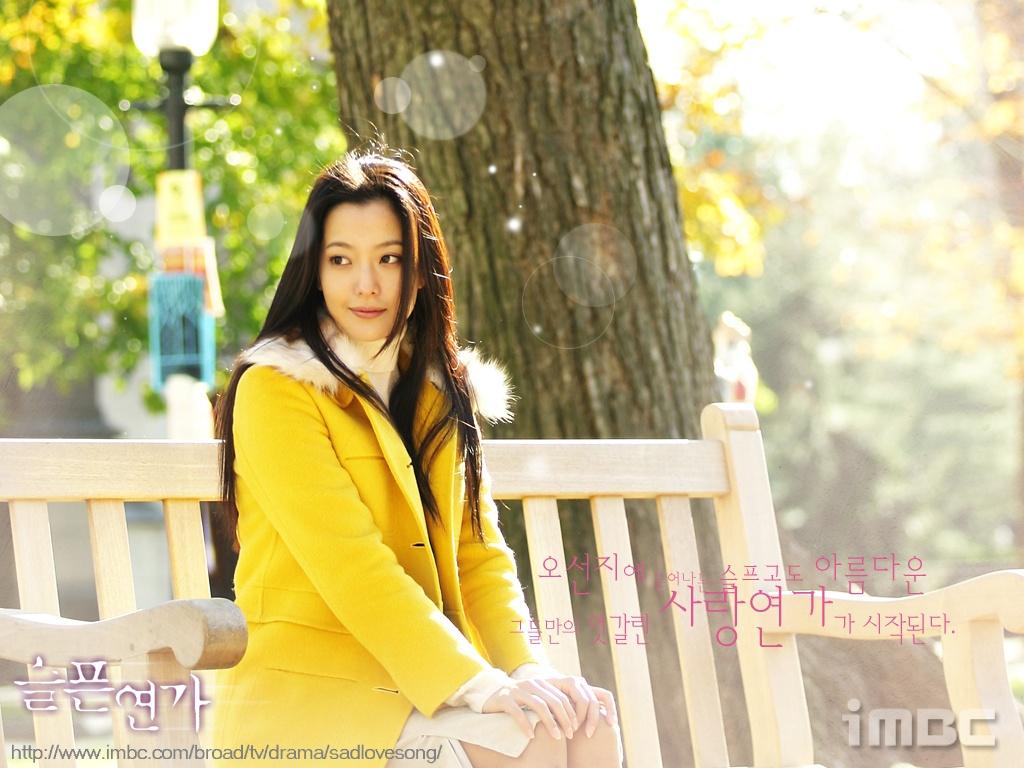 Tranh cãi việc Kim Hee Sun tự nhận mình đẹp hơn cả Kim Tae Hee và Jeon Ji Hyun - Ảnh 7.