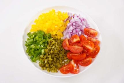 """Salad hải sản kiểu Tây Ban Nha - nhìn thì cầu kỳ nhưng làm """"nhanh như một cơn gió"""" - Ảnh 2."""