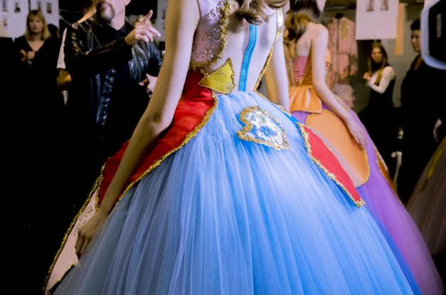 Tuần lễ Haute Couture: Nếu đời là một giấc mơ thì cứ mong mộng mị mãi đẹp thế! - Ảnh 15.