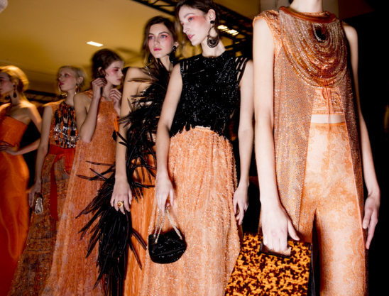 Tuần lễ Haute Couture: Nếu đời là một giấc mơ thì cứ mong mộng mị mãi đẹp thế! - Ảnh 22.