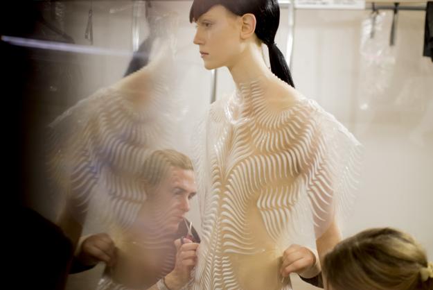 Tuần lễ Haute Couture: Nếu đời là một giấc mơ thì cứ mong mộng mị mãi đẹp thế! - Ảnh 43.