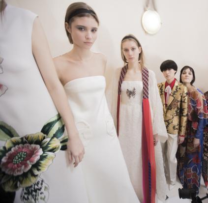 Tuần lễ Haute Couture: Nếu đời là một giấc mơ thì cứ mong mộng mị mãi đẹp thế! - Ảnh 46.