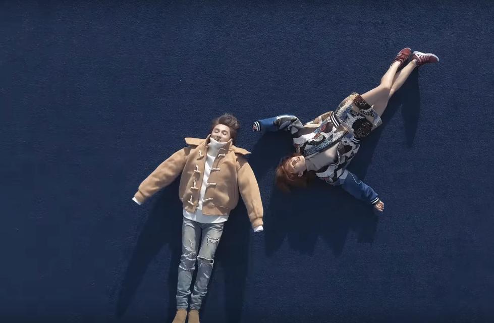 Không chỉ có giai điệu, MV Valentine của Sơn Tùng còn gây chú ý vì mặc toàn đồ Hàn size nữ! - Ảnh 7.