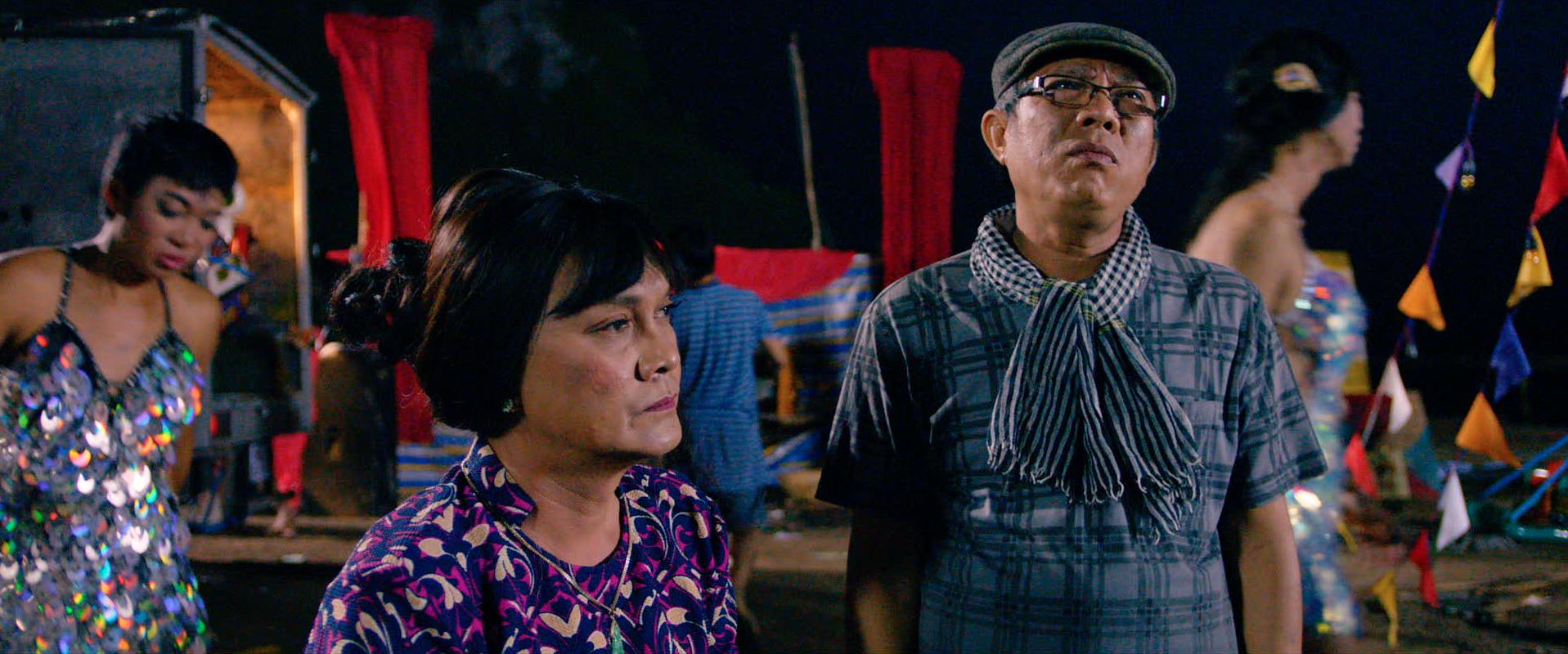 Hữu Châu bất lực nhìn Nam Em bị cưỡng hiếp trong trailer Lô Tô - Ảnh 11.