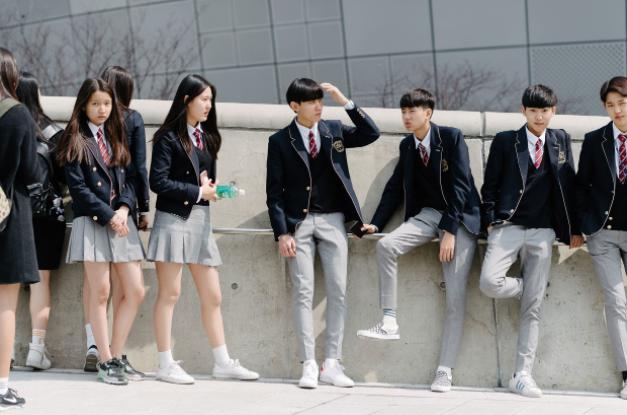 Seoul Fashion Week: nơi duy nhất mà street style phái mạnh trưng trổ đè bẹp cả cánh chị em! - Ảnh 16.