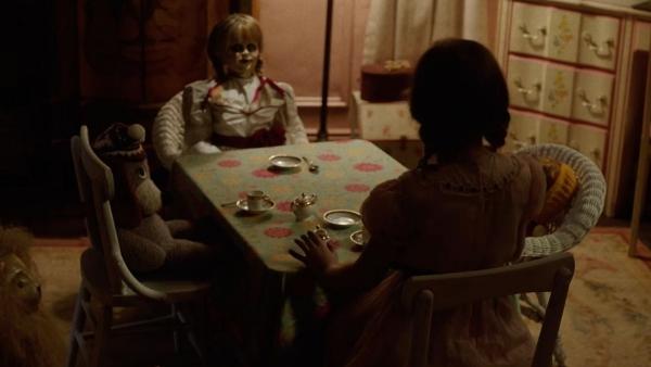 """Nhờ phim, búp bê Annabelle hàng """"fake"""" cũng đắt hàng! - Ảnh 5."""