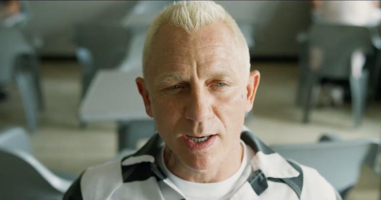 Chàng điệp viên 007 lãng tử lột xác thành tên tù nhân nghiện trứng luộc trong Logan Lucky - Ảnh 5.