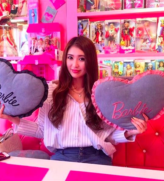Ghé thăm quán cà phê Barbie màu hồng mộng mơ tuyệt đẹp - Ảnh 25.
