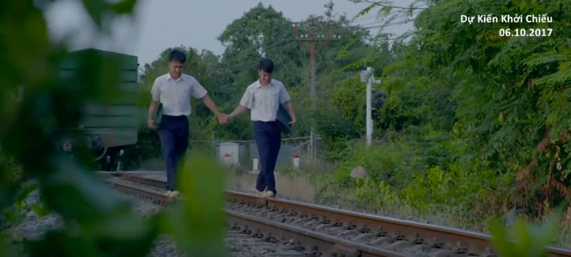 Anh Tú (Cười xuyên Việt) nắm tay bạn trai đến trường trong phim thanh xuân đồng tính Việt - Ảnh 6.