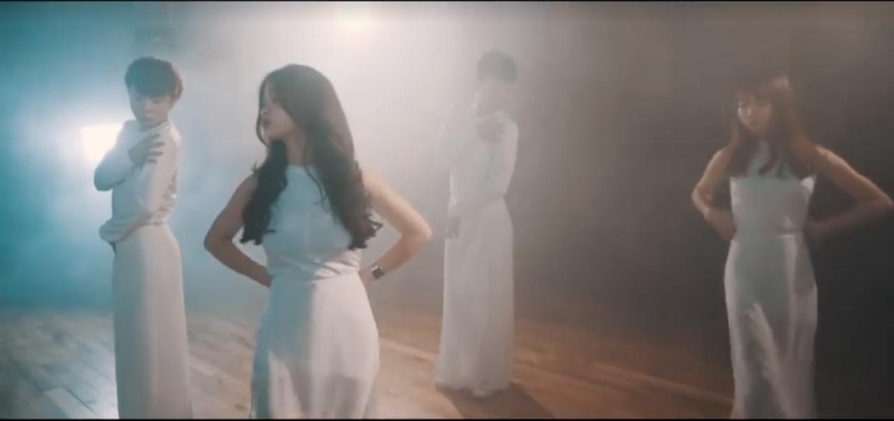 10x đình đám Linh Ka đã trở lại, vũ đạo lợi hại gấp nhiều lần với MV cover Chưa bao giờ mẹ kể! - Ảnh 9.