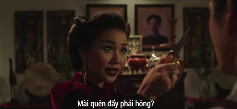Clip: Thanh Hằng nhập tâm nên nổi giận, chĩa kéo vào mặt Song Luân trên phim trường Mẹ chồng - Ảnh 3.