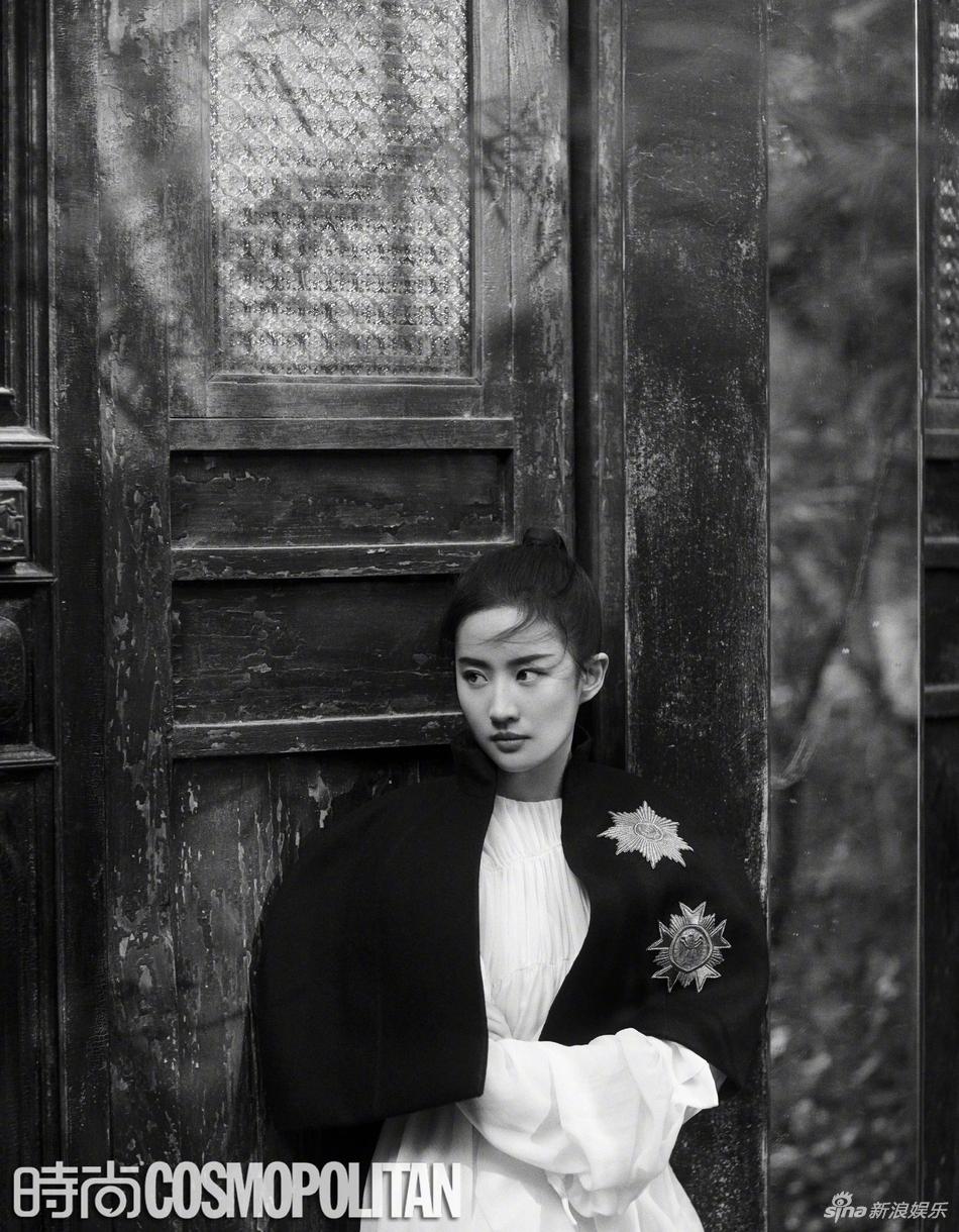 Cùng 1 góc chụp, nhan sắc Lưu Diệc Phi trước và sau 11 năm vẫn đẹp xuất sắc, lấn át Angela Baby - Dương Mịch - Ảnh 17.