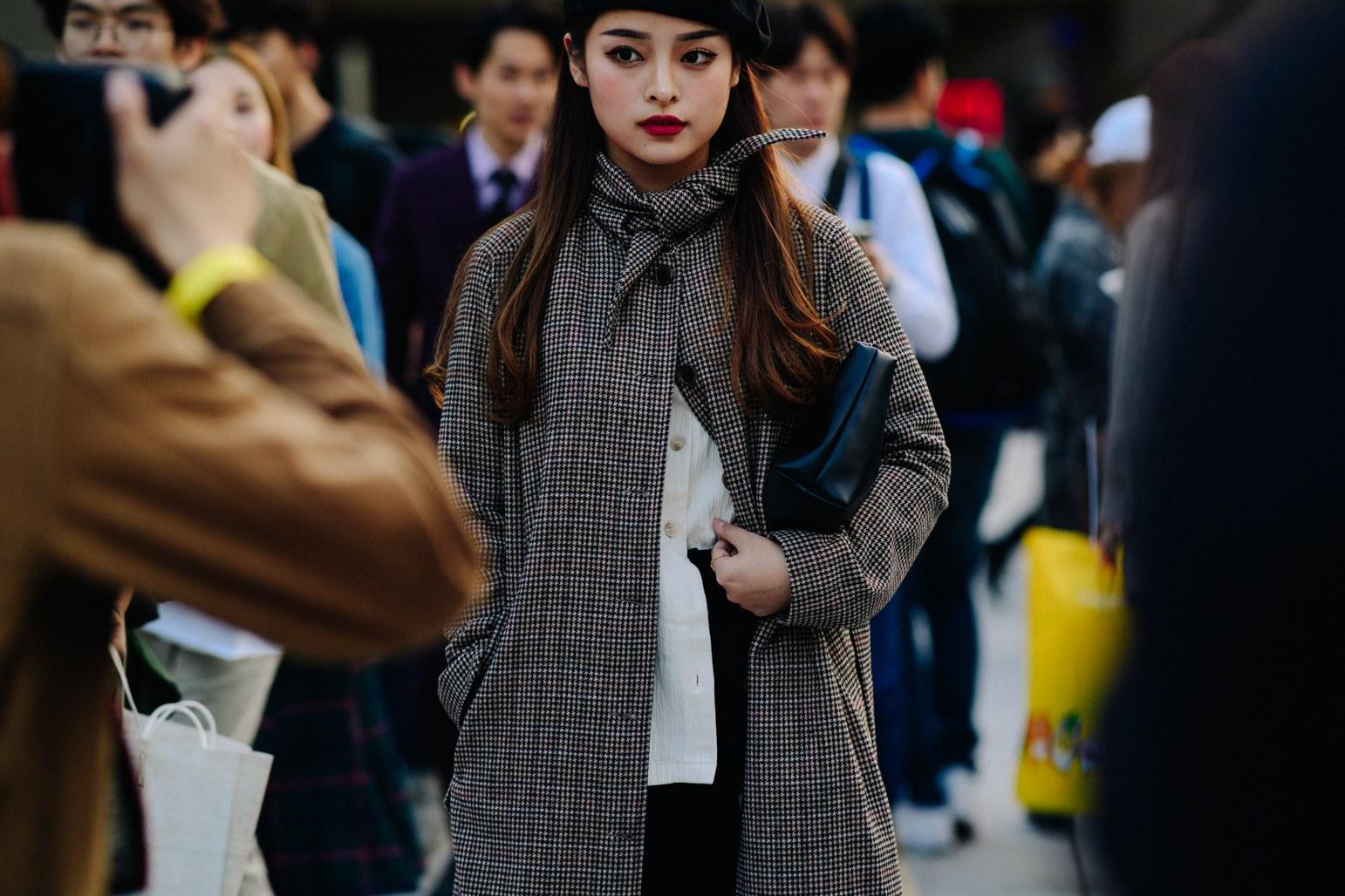 Seoul Fashion Week: Riêng về street style, giới trẻ Hàn nào có thua kém các ngôi sao nổi tiếng - Ảnh 11.