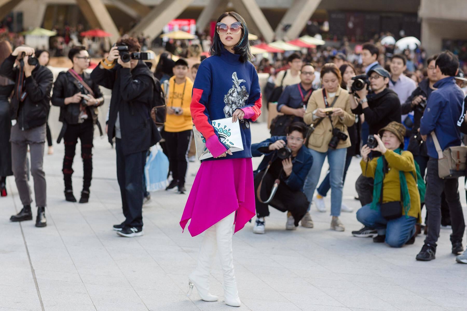 Hoàng Ku diện 700 triệu lên người, Phí Phương Anh mang Em Hoa đến chào sân Seoul Fashion Week - Ảnh 14.