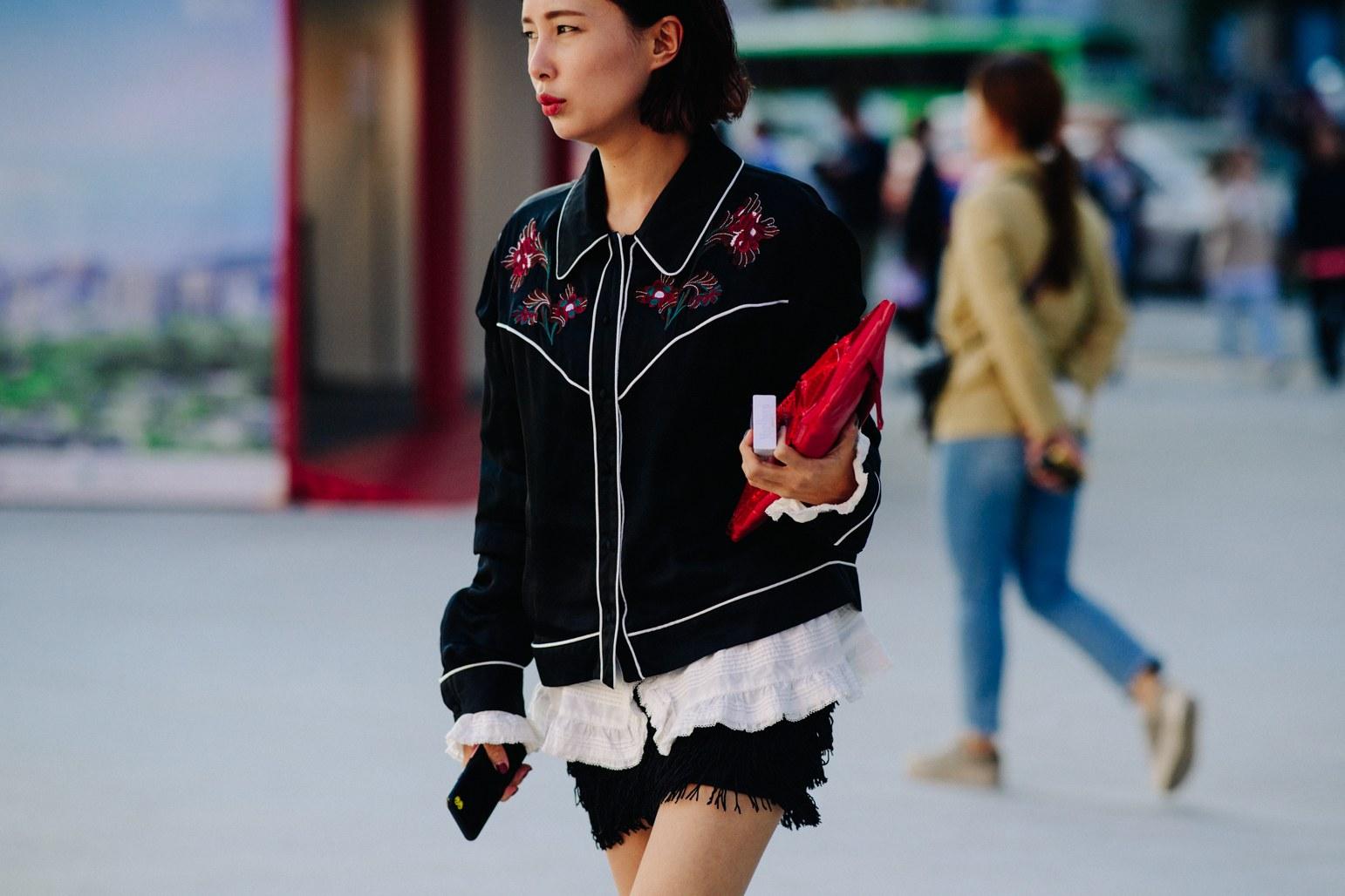 Seoul Fashion Week: Riêng về street style, giới trẻ Hàn nào có thua kém các ngôi sao nổi tiếng - Ảnh 14.