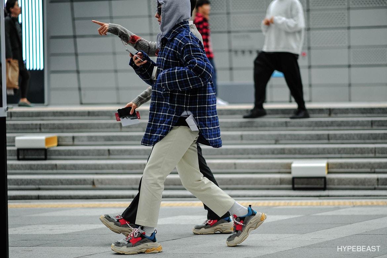 Seoul Fashion Week: Riêng về street style, giới trẻ Hàn nào có thua kém các ngôi sao nổi tiếng - Ảnh 25.