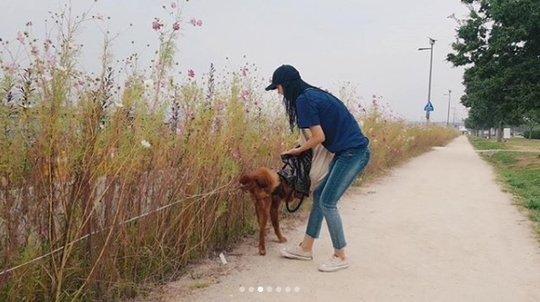 Seolhyun (AOA) bị netizen phản ứng dữ dội khi dắt chú chó cưng to bự đi dạo mà không sử dụng rọ mõm - Ảnh 2.